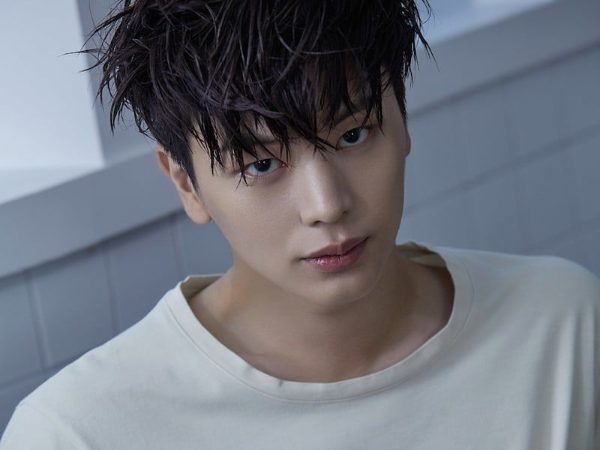 Yook Sungjae from band BTOB posing and modelling